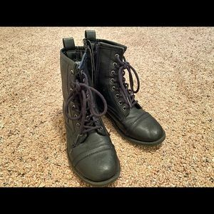 6.5 Brash Black Laceup Boots